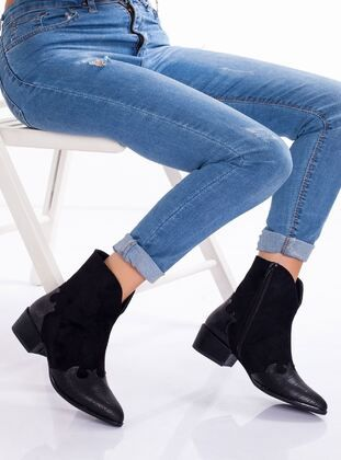 ملون جزم Boots Shoes Ankle Boot