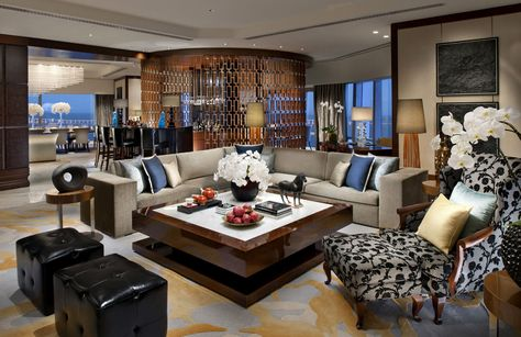 #Hint by Susan Hayward: Love to #entertain? Create a #space that is #open and inviting. Position your #sofa to maximize the view of the #room and #invite folks in. #happyhome #fengshui #superbowl #superbowlsunday #superbowl #sb49 #roomhints GO TO: blog.roomhints.com