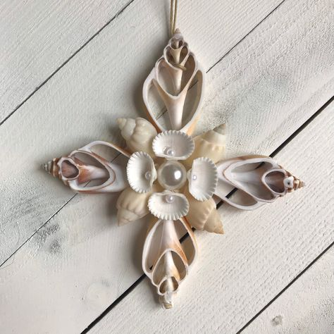 Excited to share the latest addition to my #etsy shop: Shell ornament, sliced shell ornament, cut Shell ornament #white #christmas #beachornament #cutshellornament #treedecoration #christmasdecoration #christmasornament