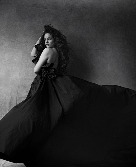 Rosalia Perfection List En 2019 Moda Alemana Fotografo Moda Y