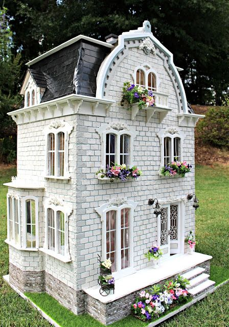 Busy with the Cricky: The Completed Willowcrest Estate Dollhouse Supplies, Dollhouse Kits, Dollhouse Miniatures, Victorian Dolls, Victorian Dollhouse, Victorian Cottage, Fairy Houses, Play Houses, Doll Houses