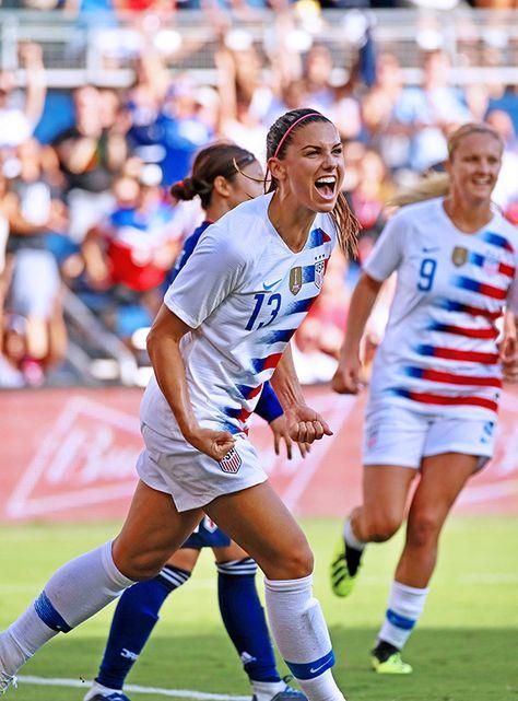 Neymar Football, Messi Soccer, Nike Soccer, Soccer Cleats, Soccer Usa, Soccer Sports, Girls Soccer, Soccer Fans, Soccer Players