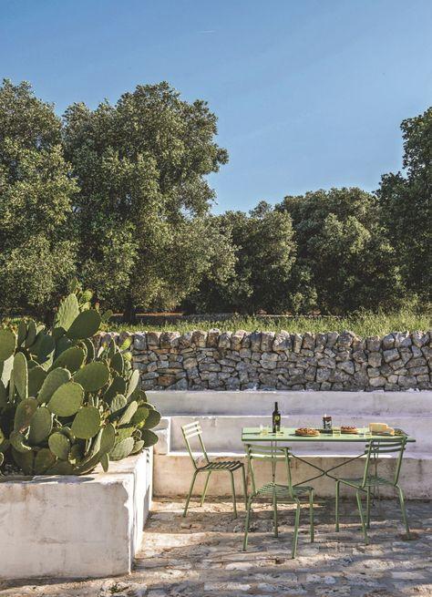 Rénovation : une ancienne ferme transformée en hôtel dans les Pouilles