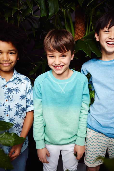 Zara Kids Boys love the ombré sweatshirt for a fresh pop of colour