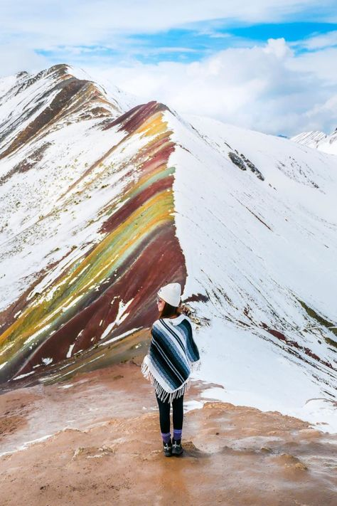 Worried about your trip to Rainbow Mountain being snowy? No need to! You'll get one of the most fantastic contrasting sights you'll likely ever see. Come rain or shine (or snow), Vinicunca always looks incredible.  Thanks for your 📸 @peng0704  #Ausangate #RainbowMountain #Ausangatemountain #Snowy #Hike #Trekking #Freespirit #Alpaca #Peru🇵🇪 #Travelphotography #Destinations #Beautifuldestinations #Wonderfulplaces #Wanderlust #Igers #Igersperu #Igerscusco #Worldwonders #Cusco #Peru