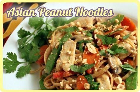 Fideos asiaticos (arroz u otro tipo) con nueces y vegetales. Bien rico, sabroso y healthy!