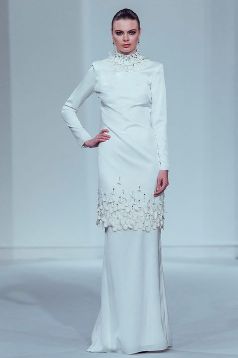 Innai Red 2015 Bridal Collection - The Wedding Notebook magazine