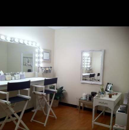 Makeup Artist Room Ideas Heavens 46 Ideas Makeup Makeup Studio