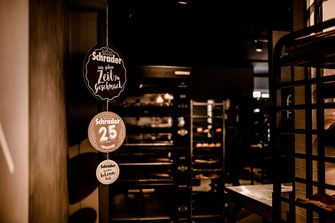 Backerei Schrader Neukloster Buxtehude Eroffnung Vintage Sofa Cafe Burger Kuchen Eis See Seeburg Kakao Lampen Tee Malereibetrieb Backerei Cafe