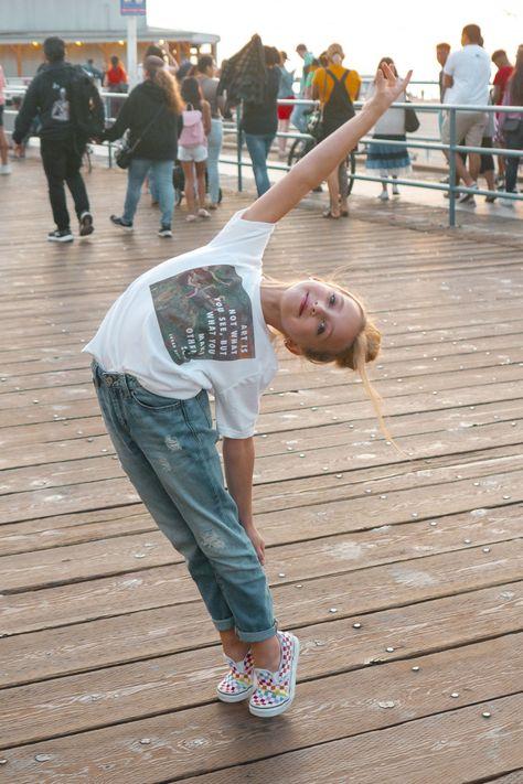 Dance Moms Dancers, Dance Moms Girls, Dance Poses, Kids Dance Photography, Conceptual Photography, Iphone Photography, Royal Ballet, Dance Moms Season 8, Lilliana Ketchman