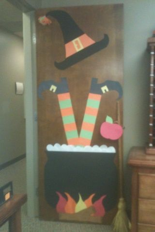classroom door i like the idea of the dimensional skirt bobble heads witch decoracin fiestas pinterest witches doors and decorating
