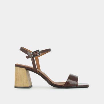 Sandales à bout carré et talon en bois en cuir vieilli