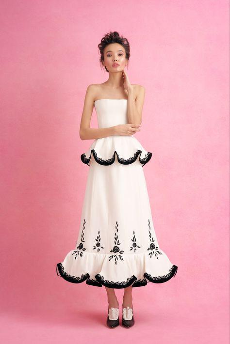 Sfilata Ulyana Sergeenko Parigi - Alta Moda Primavera Estate 2018 - Vogue