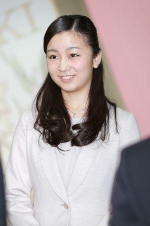 愛子さま 佳子さまの影響で芽生えられた 美意識 とは 佳子様 美しい笑顔 お祝い
