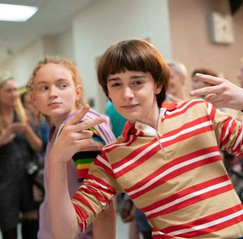 Stranger Things Season 3 Behind the Scenes with Noah Schnapp and Sadie Sink, Will Byers, Max Stranger Things Netflix, Stranger Things Tumblr, Stranger Things Actors, Stranger Things Have Happened, Stranger Things Aesthetic, Stranger Things Season 3, Eleven Stranger Things, Long Island, Future Boyfriend