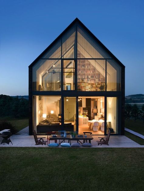 Discover the Best Latest Glass House Designs Ideas at The Architecture Design. Visit for more images and ideas about Glass House Designs Ideas. Modern Barn, Modern Farmhouse, Exterior Design, Future House, Interior Architecture, Beautiful Architecture, Residential Architecture, Movement Architecture, House Architecture Styles