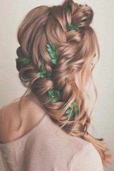 Excellent Free Greek Wedding Hairstyles For The Divine Brides Greek Wedding Hairstyles Brai Tips Braids Are Of In 2020 Hair Styles Greek Hair Goddess Hairstyles