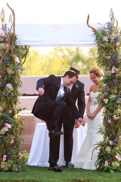 Breaking The Gl 5 Reasons Why We Do It 8 Tips To Make Sure Jewish Weddingswedding