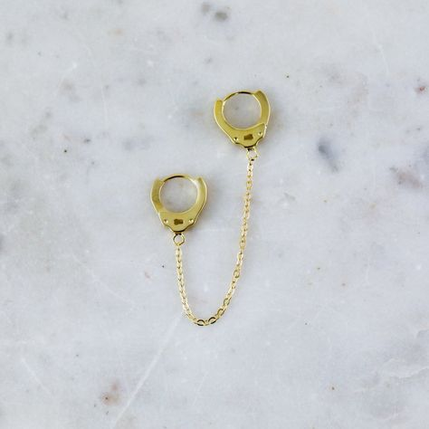 Handcuff Earring with Chain (1 Piece) – SpiritAdornments
