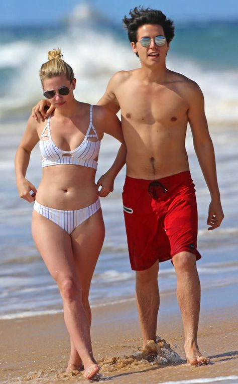 Lili Reinhart, Cole Sprouse, Hawaii