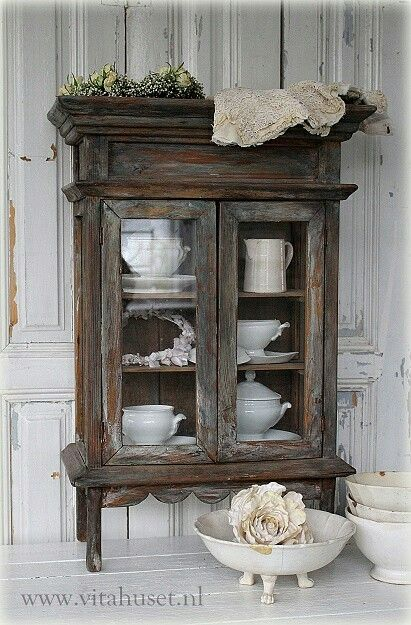 1000 ideas about china cabinets on pinterest cabinets
