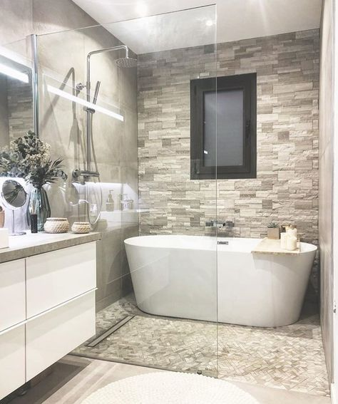 ️ Bathroom Design   Inspi @deuxmilleneuf #picoftheday #salledebain #salledebainstyle #bathroom #chicdesign #chicdecor #passiondeco