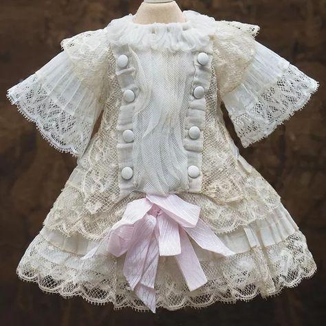 Antique French Gauze & Lace Dress for Jumeau Bru Steiner Gaultier Schmitt E. Eden bebe doll about tall