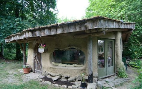 cob home interior | Fuck Yeah, Awesome Houses! - Little Cob House