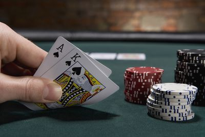Learn to Play Texas Holdem Poker in 15 Minutes or less