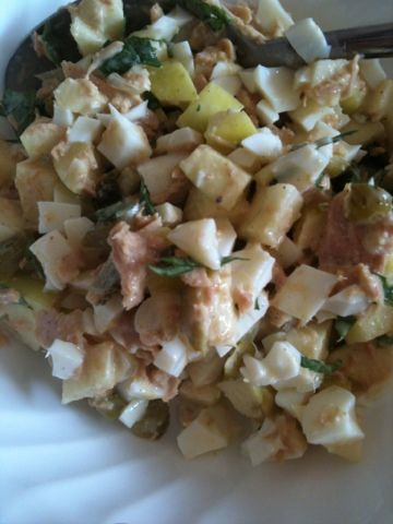 Apple and basil tunasalad
