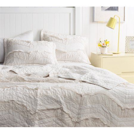 Home With Images Ruffle Quilt Luxury Bedding Quilt Sets