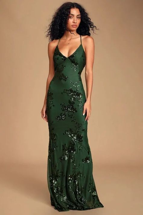Make it a night to remember in the Lulus Valhalla Forest Green Sequin Lace-Up Maxi Dress! A lovely forest green sequin maxi dress with a lace-up back. Elegant Dresses, Pretty Dresses, Beautiful Dresses, Ball Dresses, Ball Gowns, Evening Dresses, Bridesmaid Dresses, Prom Dresses, Formal Dresses