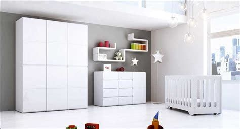 Kleiderschrank In 2020 Kleiderschrank Kinderzimmer Babyzimmer