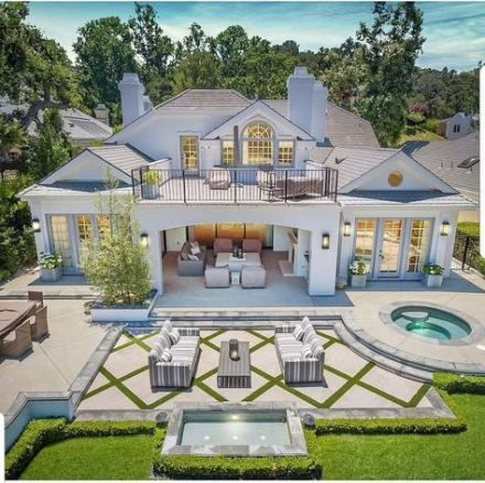 52 Trendy Home Design Inspiration Exterior In 2020 Luxury Homes Dream Houses House Designs Exterior House Exterior