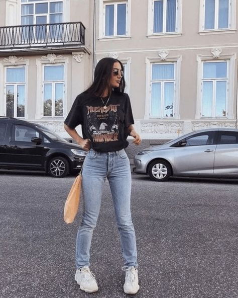 55 Perfect Trendy Spring Outfits for Street Style Coupon Valid Edgy Outfits, Cute Casual Outfits, Mode Outfits, Retro Outfits, Vintage Outfits, Band Tee Outfits, Black Outfits, Party Outfits, Vintage Jeans