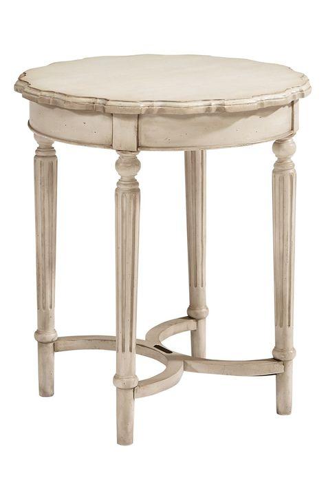 Magnolia Home Antiqued Wooden Side Table Meubels En Houtbewerking
