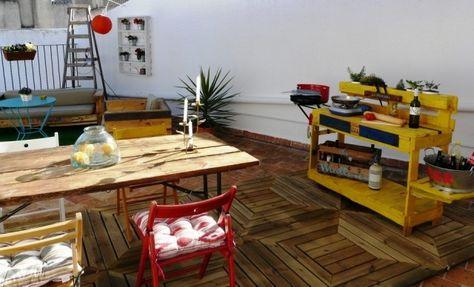 terrasse outdoor küche europaletten gebaut gelb streichen Pallet - küche aus europaletten