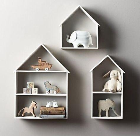 Magnifique étagère murale en forme de maison