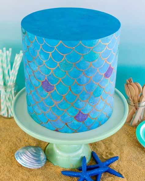 Mermaid magic comin at cha! Don't forget our Naked Cake sale ends tonight!