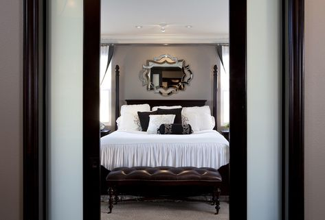 Stylish-transitional-home-bedroom-robeson-design