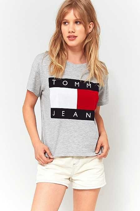 345738dee53cf Tommy Hilfiger '90s Grey Logo T-Shirt | F a s h i o n T r e n d s in ...