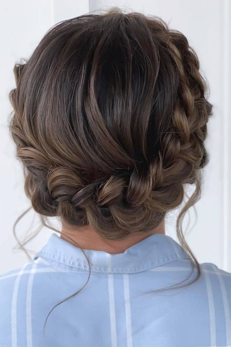 """Halo braids are basically the calling card of bridesmaids (or at least they should be! """"Halo braids are so cute and cool for the summer,"""" says says hair stylist and GHD creative artist Patrick Wilson. Fancy Hairstyles, Box Braids Hairstyles, Wedding Hairstyles, Bridesmaid Hairstyles, Bridesmaid Hair Curly, Braided Crown Hairstyles, Goddess Hairstyles, Braided Hairstyles Tutorials, Curly Hair Styles"""