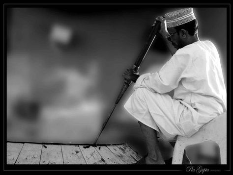 Oman | Omani Halwa Cooking. view on Fb https://www.facebook.com/OmanPocketGuide credit: Pia Gupta #oman