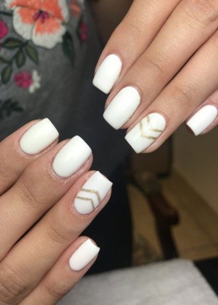 32 Trendy Nails White Gold Design New Years Gold Nail Designs Gold Nails White Nail Designs