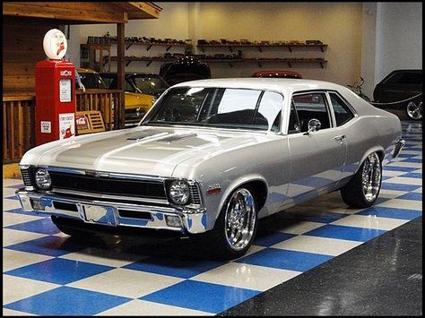 Vintage Cars Muscle 1972 Chevrolet Nova HP, Automatic /It's so prettttttty! We had one of these when I was a kid.