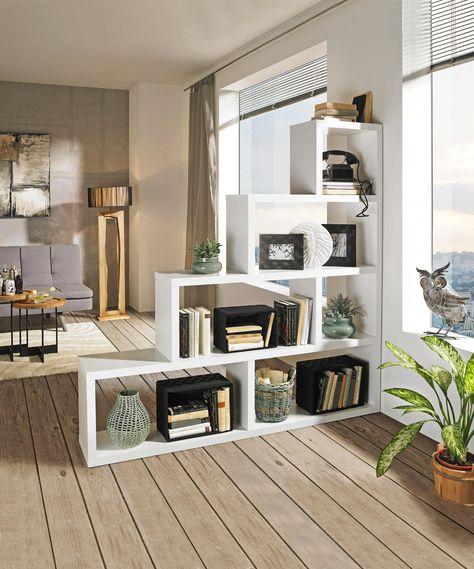 Regal Im Wohnzimmer Dekorieren In 2020 Raumteiler Weiss