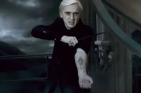 """16 Tweets About How The """"Harry Potter"""" Series Did Draco Malfoy Dirty"""
