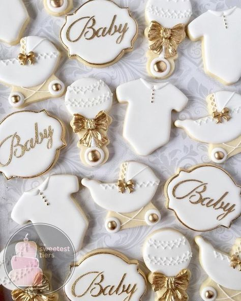 White and Gold baby shower set. White and Gold baby shower set.