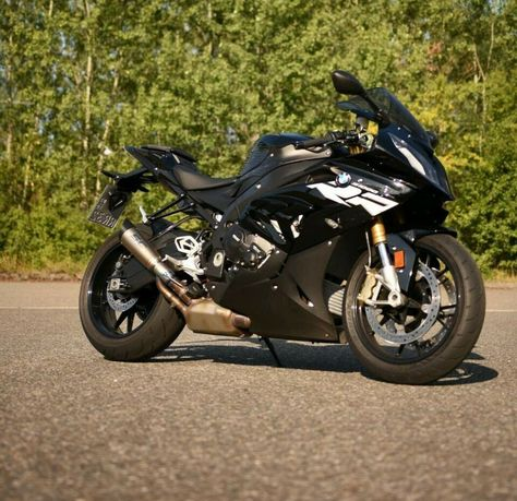 Bmw S1000r 2021 Redesign And Review Bmw Bmw Motorrad The Incredibles