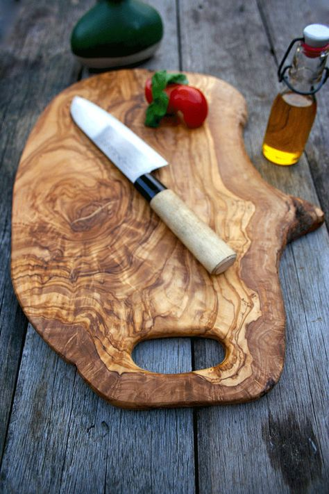 Rustic Wooden Chopping Board With Handle